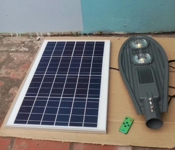 Đèn đường led năng lượng mặt trời 70w